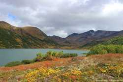 озера у вулкана Бакенинг