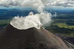 Карымский вулкан на Камчатке