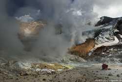 кратеры вулкана Мутновский
